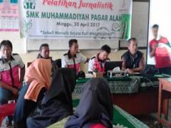 SMK Muhammadiyah Pagaralam Menyelenggarakan Pelatihan Jurnalistik